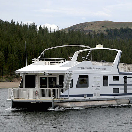 Reserve a Houseboat at Seven Bays Marina | Lake Roosevelt Adventures